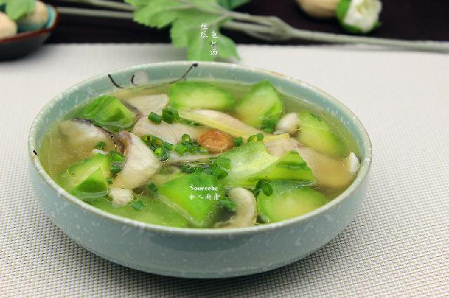渔业文化 海鲜美食 各国食谱    丝瓜500克,鱼片100克,干贝5克,油2ml